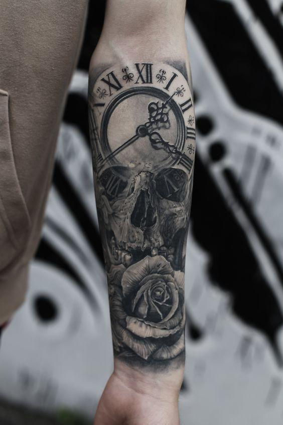 Tatuaż Zegar Czaszka Motyle Róże Pomysł Na Tatuaż